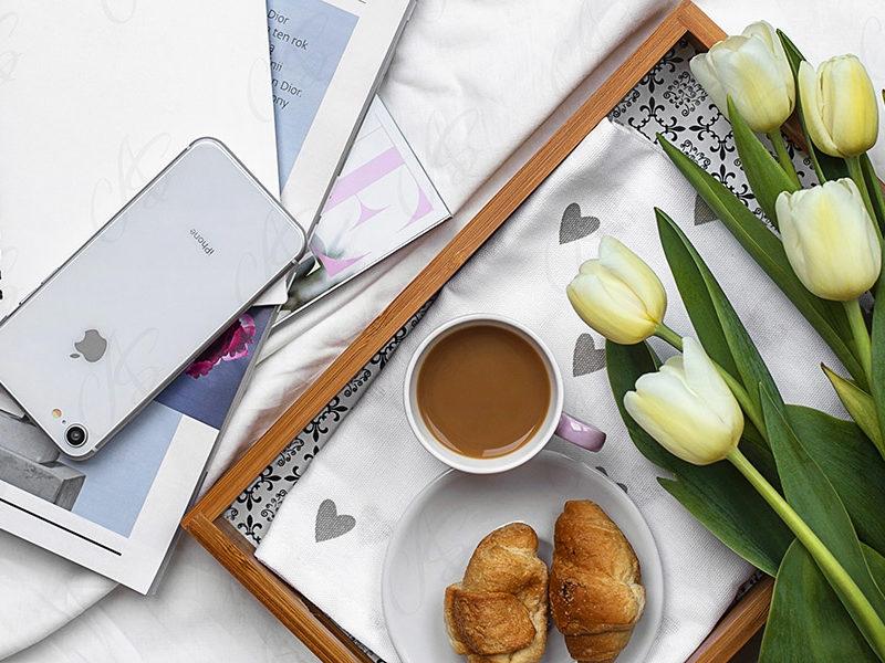 mockup--biurko-kwiatek-tulipan-112