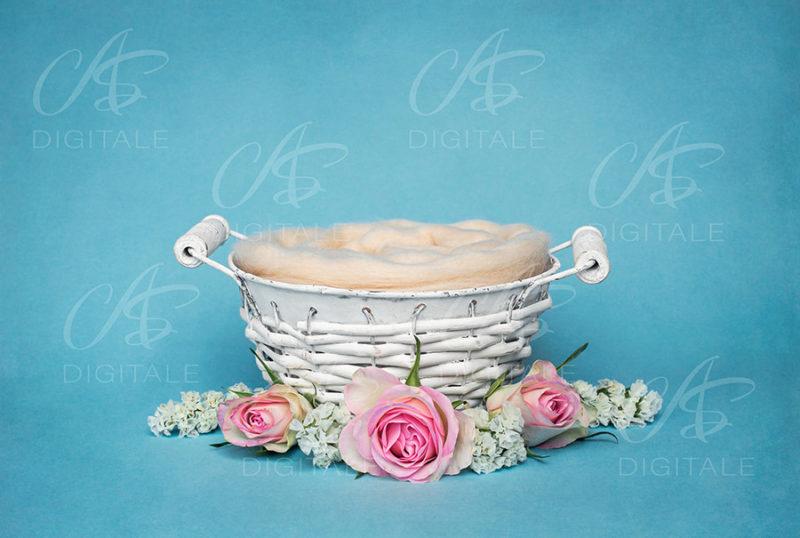 tło-cyfrowe-noworodek-newborn-digital-backdrop-kolorowe-kwiaty-bialy-wiklinowy-koszyk-niebieskie-tlo