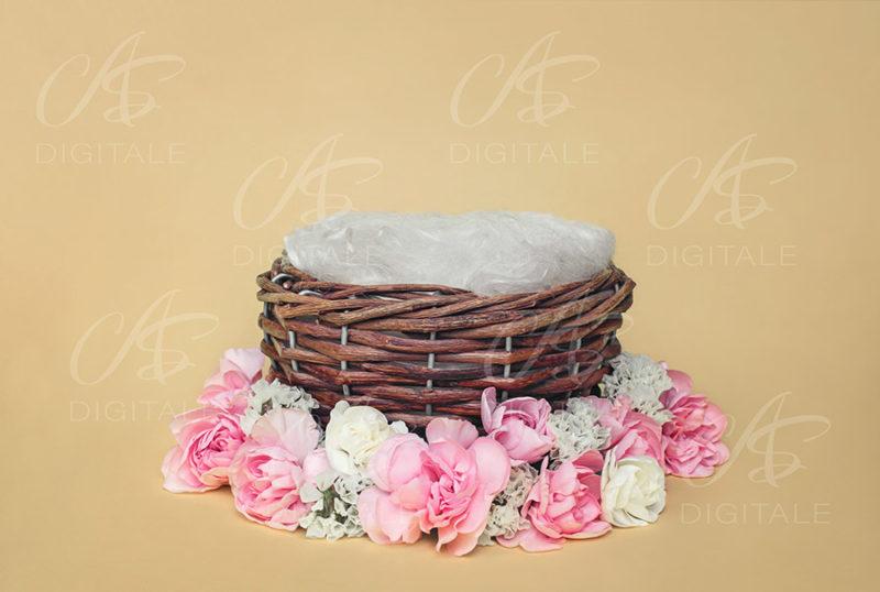 tło-cyfrowe-noworodek-newborn-digital-backdrop-wiklinowy-koszyk-kolorowe-kwiatki